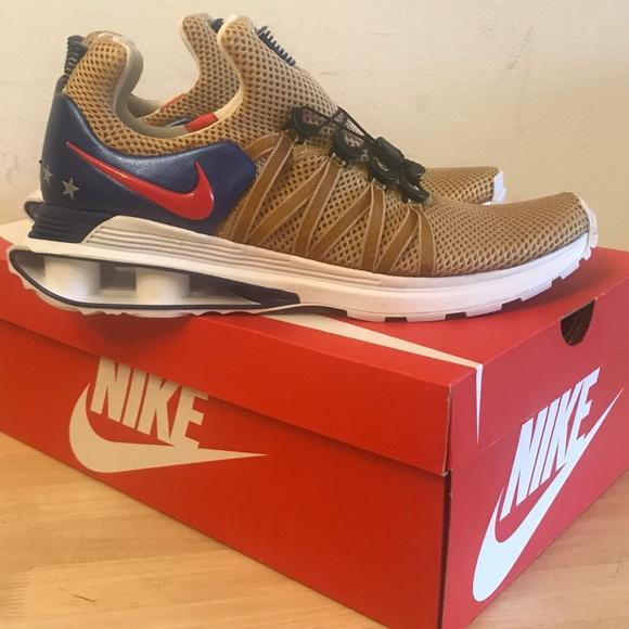 Nike Shox Gravity Mens AR1999-700Nike Shox Gravity aa1cc874e